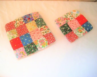 Vintage hand made quilt trivets, pair of patchwork hot pads, shabby cottage chic, farmhouse decor