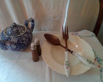 Vintage 1960s ceramic and wood salad server and cruet set