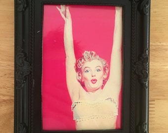 Marilyn Monroe colour print in a black frame 6x4""