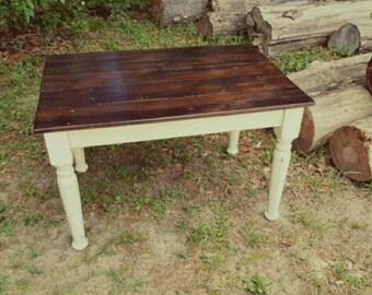 Childrens table - Reclaimed wood kid's farmhouse table