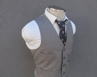 1970s Vintage Wool Pinstripe Gray Vest / Wool Waistcoat Size 40 Medium Med M / Wedding / Vtg Mens's Suit Vest / Vintage Waistcoat / Disco
