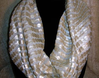 Infinity Scarf - uniquely textured