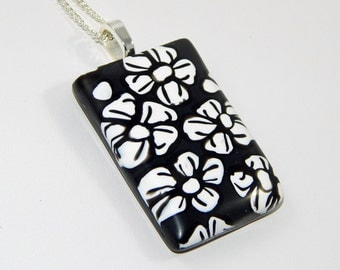 Polymer Clay Pendant. Black and White Pendant. Floral Pendant. Polymer Clay Necklace.