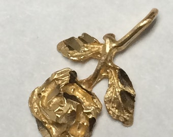 Vintage 1980's 14K Yellow Gold Rosebud Charm Pendant NICE!