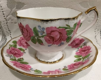 Vintage Fine Bone China Tea Cup & Saucer - made in England