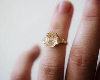 Size 6 14k Gold Raw Diamond Engagement Ring, Solid Gold Engagement Ring, Rough Diamond Ring, Raw Uncut Diamond, Modern Jewelry, Avello