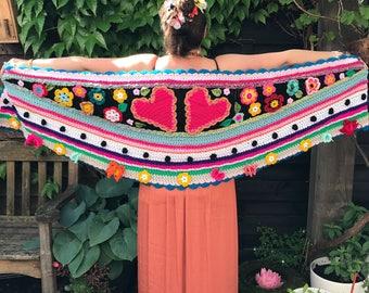 Crochet shawl stole flowers scarf crochet boho bohemian wedding polleviewrap ibizastyle uncinetto heart getting married