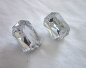Vintage Retro Faceted Lucite Clip on Earrings