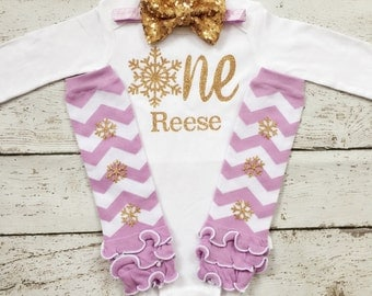 Winter Onederland/First Birthday outfit/1st Birthday Shirt/Baby Girl 1st Birthday/Winter Wonderland/Snowflake outfit/Lavender Gold