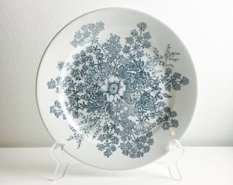 "Vintage Arabia Finland blue flower ceramic plate named ""Puketti "", Raija Uosikkinen,1960s, made in Finland"
