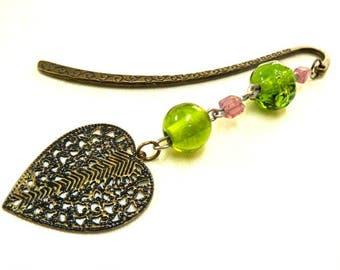 Bronze Heart Bookmark, Beaded Bookmark, Pink + Green Bookmark, Metal Bookmark, Readers Gift, Booklovers Gift, Student Gift, Teachers Gift