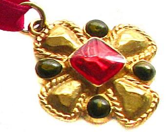 JACQUES ESTEREL, lovely byzantine cross pendant vintage