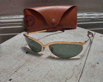 Vintage B&L Ray Ban Olympian sunglasses in excellent vintage condition! Marked w1979 yras