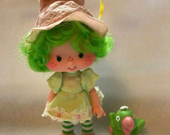Lime Chiffon and Parfait Parrot Vintage Strawberry Shortcake