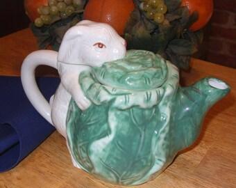 Bunny and Cabbage Tea Pot, Unique Teapot, Ceramic Vintage Teapot, Antique Teapot, Animal Character Tea Pot,