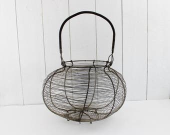 Extra Large Wire Egg Basket - French country kitchen, Handmade Metal Wire Basket, French Egg Basket, Rustic Wire Basket, Farmhouse basket