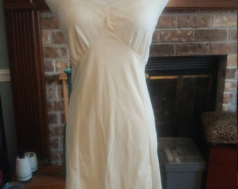 Beautiful Vintage Slip, nighty, lingerie, night gown