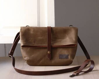 Waxed canvas bag JUNE brown