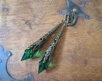Green Earrings Art Nouveau Style Filigree Jewelry Pointed Earrings Art Deco Style Elven Earrings Victorian Earrings Steampunk Jewellery