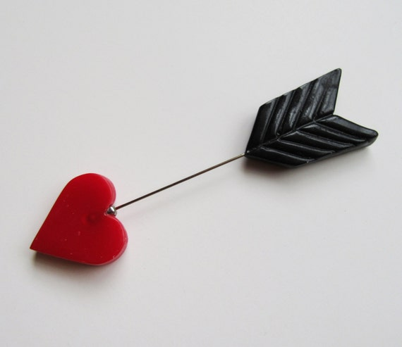 Heart Hat Pin: Straight Through The Heart & Black Arrow Brooch Hat Pin