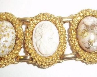 Beautiful Cameo and Pale Pink Art Glass Bracelet