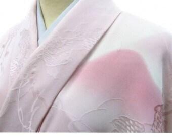 Silk kimono, Vintage Japanese Kimono, Plain kimono, Light pink Silk dress, Japanese fashion, gradation, Authentic kimono, Made in Japan