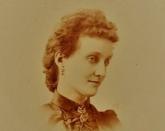 ON SALE Jacksonville Illinois IL 1800's Lovely Young Woman Antique Cabinet Card Photograph Photo Old Vintage