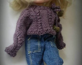 Jumper and jeans for blythe