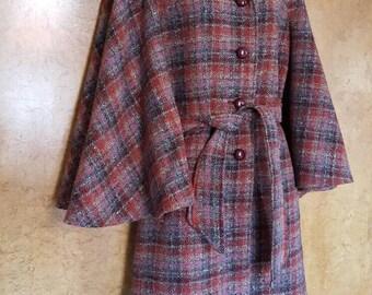 Fabulous ~ AGATHA CHRISTIE Style ~ Caped Woollen Coat ~ 50s/60s ~  WINDSMOOR
