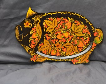 """Hand Painted Wooden Tray """"LITTLE PIG"""". Made of Linden Tree . Russian Folk Pattern Khokhloma"""