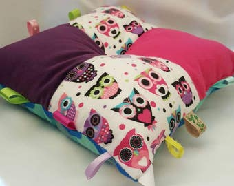Owl pillow, child's travel pillow. Pink, purple and owl plush head rest. Cuddle pillow.