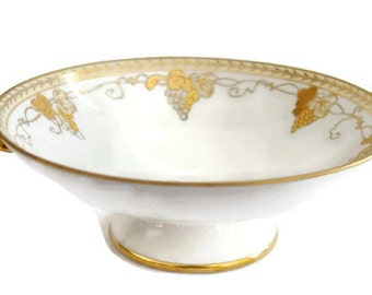 Vintage Nippon Footed Handled Porcelain Compote Bowl White & Hand Painted Gold Gilt Grapevines