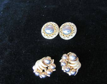 Kramer Gold Earrings, 2 pair