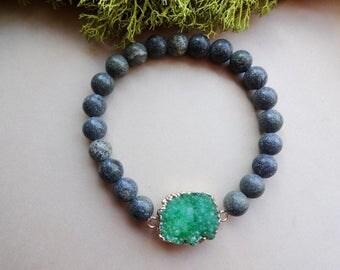 Serpentine Green Druzy Quartz stretch bracelet