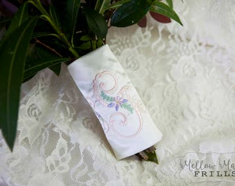 Custom Monogram Bridal Bouquet Wrap ~ Vintage Floral Monogram