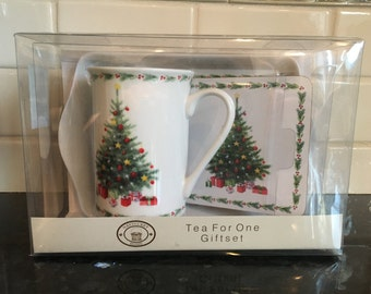 Tea for One set from Nantucket Home Christmas motif
