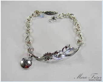 Lily of the Valley bracelet with Believe & leaf charms