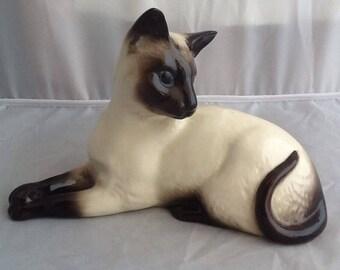 Vintage Beswick porcelain Siamese Cat Figurine