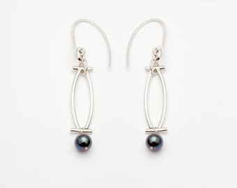Sofia by Fedha - statement sterling silver and black pearl earrings, understated and elegant with clean lines, modern and geometric