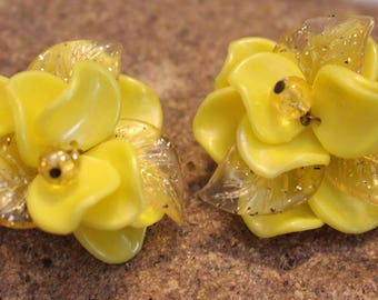 Vintage Yellow Lucite Earrings in Gold Tone Clip on style, All the Fashion! Made in West Germany