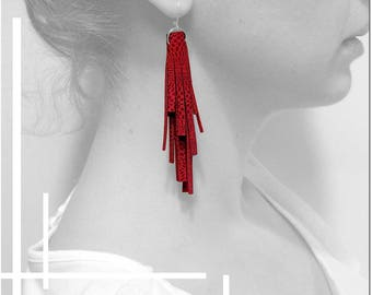 Leather tassel earrings / / Sterling Silver 925 / / coral red / / gift idea