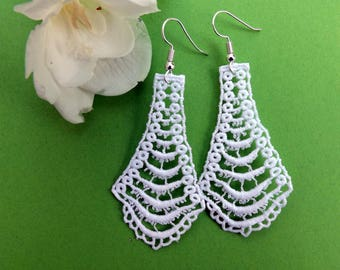 "White lace chandelier Earrings - ""Kwartz Sand"" - boho earrings - wedding earrings"