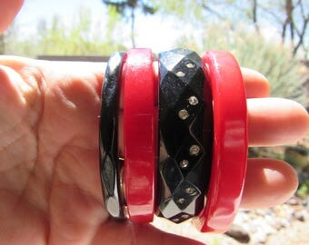 Vintage Lot of 4 Red and Black Bakelite Bangles Faceted and RhinestonesTested
