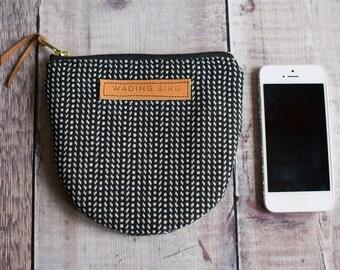 zipped purse, handbag organiser, gift for her, monochome purse, wool purse, zipped pouch, zippered purse