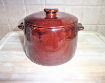 Vintage Westbend 6 1/2 inch pot made in USA