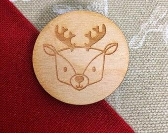 Wooden Christmas reindeer brooch // Wooden brooch // Christmas jewelry // Christmas gift // Reindeer // Brooch // Reindeer brooch