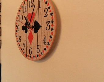 Poker wall clock -  etra quiet clockwork - white - Red - Black - boys room - girls room - silence - round or square export