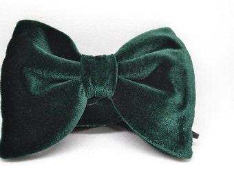 1970s inspired bow tie, Green velvet bow tie , Men's bow tie, Gift for men, Wedding, Green bow tie, Drop bow tie