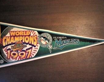 "Florida MARLINS 1997 World Champions Large Felt Pennant Vintage Official Licensed MLB Baseball Souvenir 30"" Flag 75 cm Full Size"