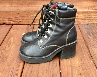 Platform lace up leather boots / size 7.5 / free shipping